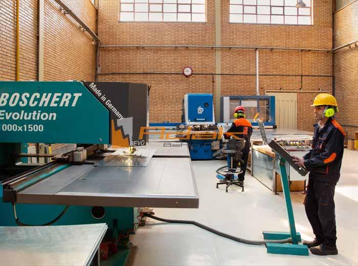دستگاه ساخت تابلو برق
