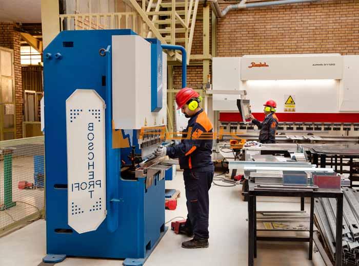 دستگاه های ساخت تابلو برق