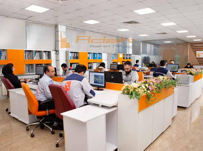 سالن طراحی مهندسی برق